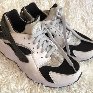 AIR NIKE HUARACHE Women's Size 8.5